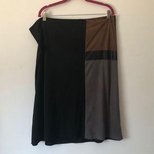 I.N. Studio Woman Faux Suede Skirt